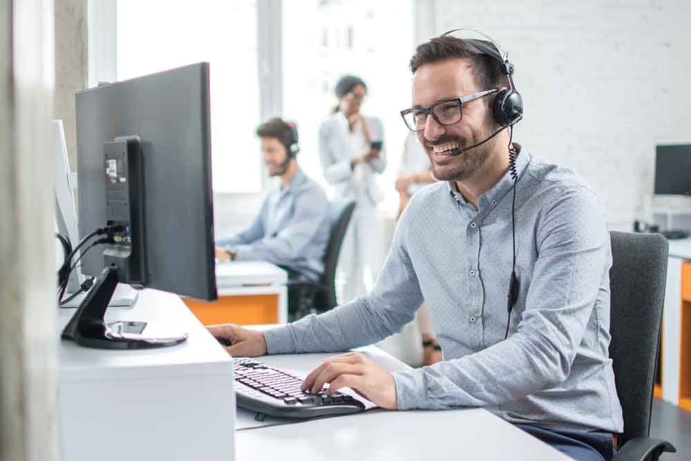 it-support-2-istock-925689844